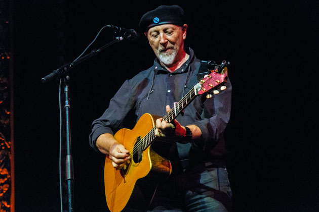 Richard_Thompson-8_Richard_Thompson-4_Photo-by-Matt-Condon_WEB