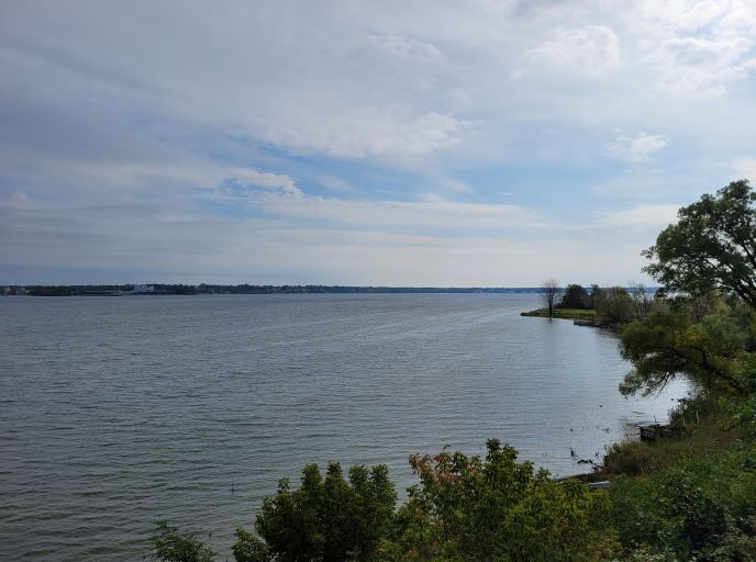 resized muskegon lake 1 100221
